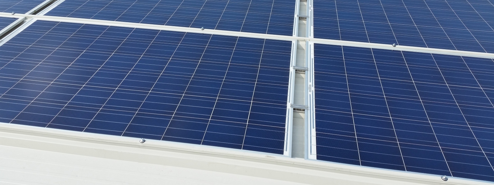 sistemi fotovoltaici integrati coibentati