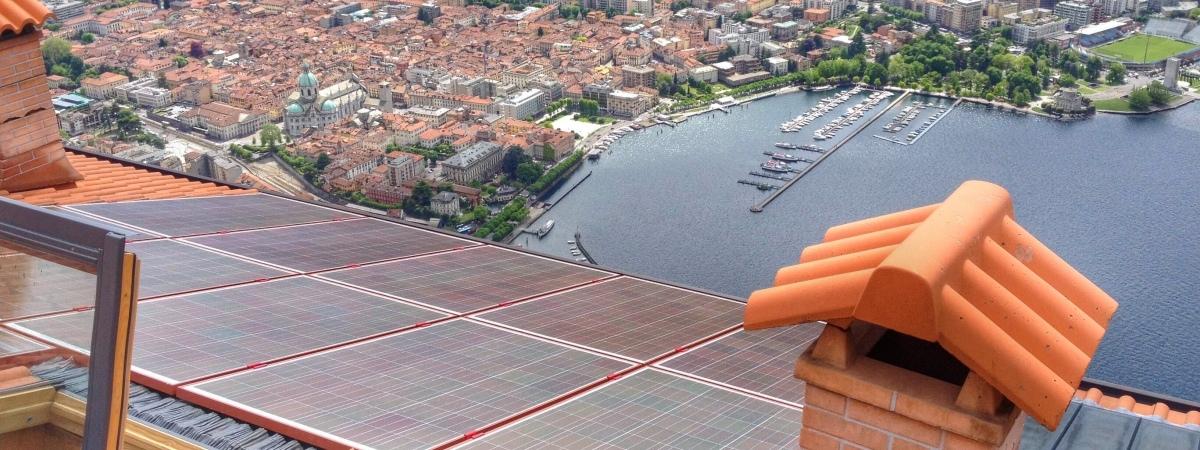 Impianto fotovoltaico colorato